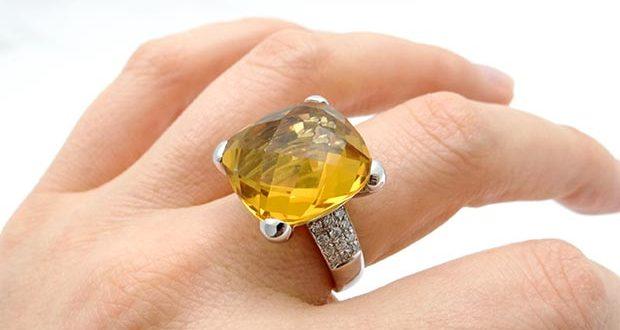 Gemstone Astrology. 3 Best Gemstones for Wealth and Prosperity